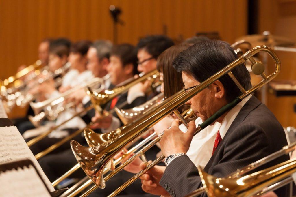 みんなのブラスバンド 〔提供:熊野那智神社・酔奏楽部「宝島。」・天然だしらーめん潮の音〕